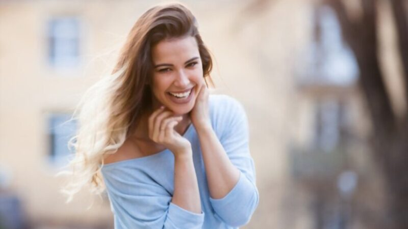 Fall in love with a beautiful and healthy smile how to have a perfectly beautiful and healthy smile